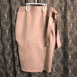 Women's Pencil Skirt-Pink suede